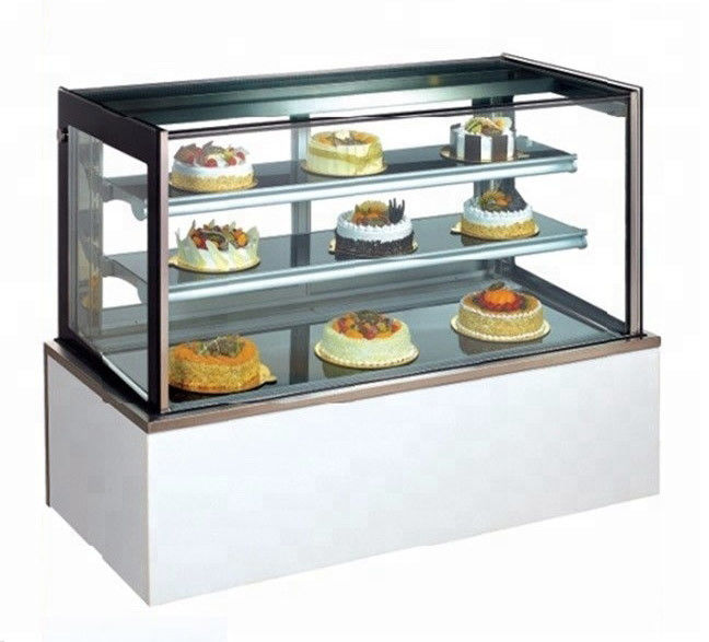 1500mm Two Layers Refrigerated Cake Display Case Overall Support For Glass And Shelf